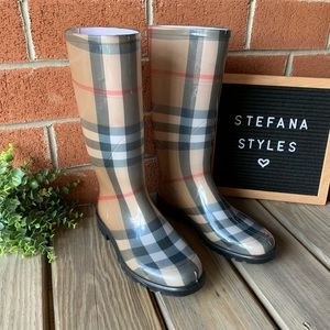 Burberry House Check Tall Rubber Rain Boots